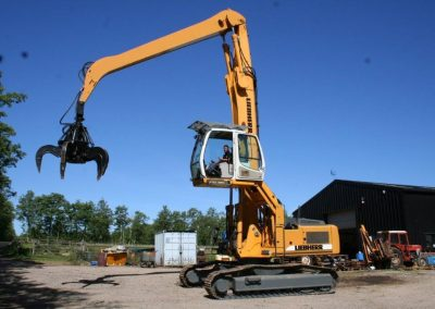 For Sale 2010 Liebherr 934 EW with 600litre rotating grab P.O.A